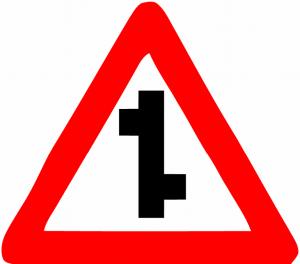 تابلو های راهنمایی و رانندگی تقاطع
